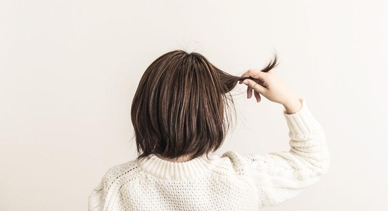 椿油でヘアケア 傷んだ髪